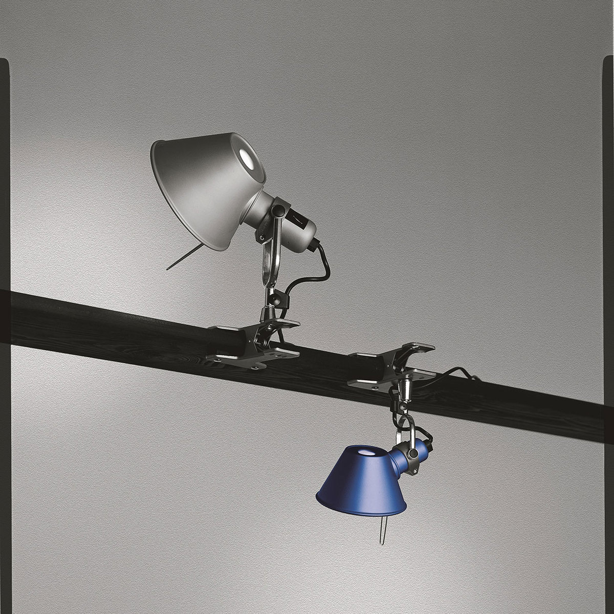 Tolomeo Micro Pinza wall lamp by Artemide | LOVEThESIGN