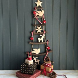 Nordic Christmas Tree With Three Wooden Decorations
