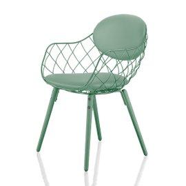 Piña chair with fabric cushions